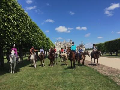 loire castles horse riding