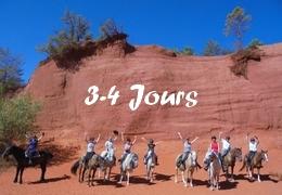 Randonnées équestres de 3-4 jours en Provence