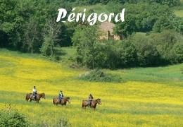 Randonnées à cheval au Périgord - Dordogne - Quercy